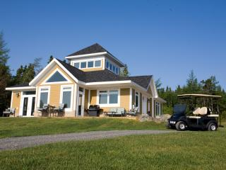 Lovely 3 bedroom Cottage in Baddeck - Baddeck vacation rentals