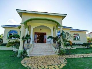 Valencia Villa Jamaica - Ocho Rios vacation rentals