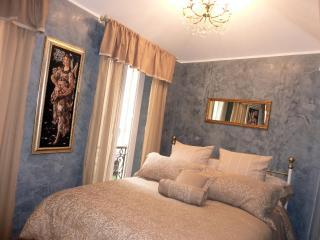 Heart historical center1600  charm luxury  2BD/2BA - Villefranche-sur-Mer vacation rentals