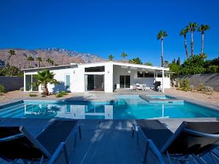 Modern Dream~SPECIAL TAKE 15%OFF ANY 5NT STAY THRU 3/5 - Palm Springs vacation rentals