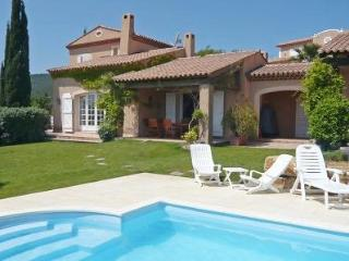 Family Friendly, French Riviera Villa with Pool, Near St Maxime, St Aygulf - frejus vacation rentals