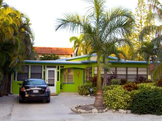 A Lime Cottage Pool beach house..Ahhh this is it!! - Bradenton Beach vacation rentals
