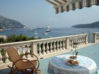 Bright House in Dubrovnik with Local Guides, sleeps 10 - Dubrovnik vacation rentals