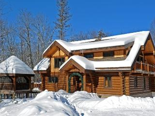Chalet River Log - Mont Tremblant vacation rentals