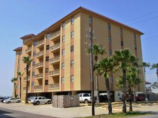 Galleon Bay - Bayfront condo with boat slips - South Padre Island vacation rentals