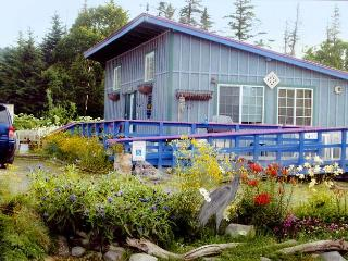 Garden Shed Cottage: 2 bdrm, 2 blocks from beach - Homer vacation rentals