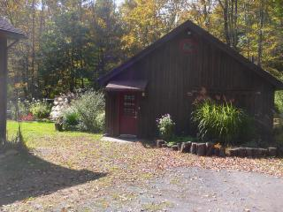 A Romantic Escape, Luxury Barn in Woodstock - Woodstock vacation rentals