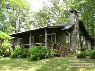 3 BR Cabin with Spectacular Whiteside Mt. View - Highlands vacation rentals