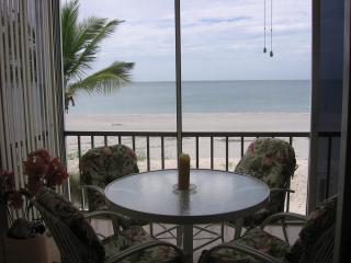 Beachfront Dream Condo...You Deserve The Best! - Siesta Key vacation rentals