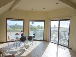 South Mission Beach Ocean Front Walk Luxury Home - Pacific Beach vacation rentals