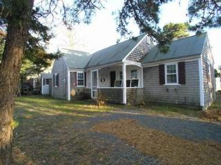 2 bedroom House with Internet Access in Dennis Port - Dennis Port vacation rentals