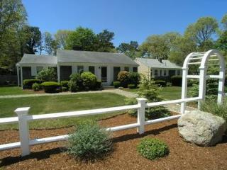 Lovely 3 bedroom West Harwich House with Deck - West Harwich vacation rentals