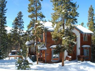 Beautiful Home. Great View & Hot Tub. Min to Lift! - Breckenridge vacation rentals