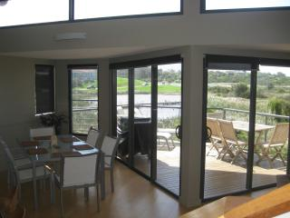 Luxury 3 Bdm Beachfront Townhouse see birds whales - Bermagui vacation rentals