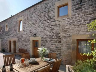Littonfields Barn - Luxury Living in Peak District - Holbrook vacation rentals