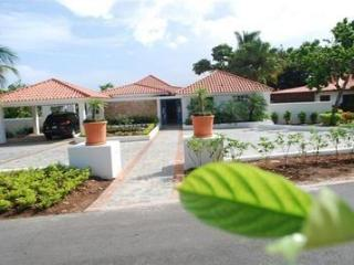 5B/5B Luxury Villa in Casa de Campo - La Romana vacation rentals