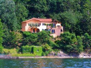 Unique lakefront villa with beach! - Maccagno vacation rentals