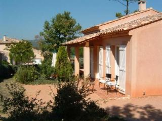 villa in the Provence near golf course and sea - Nans-les-Pins vacation rentals