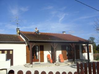 House Overlooking Small Vinyard - Riberac vacation rentals