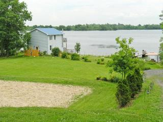 Twin Oaks on the River 4 Bedroom Waterfront Home - Johnstown vacation rentals