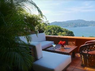 Spectacular Views of the Bay & Mts, w/Luxury Style - Zihuatanejo vacation rentals