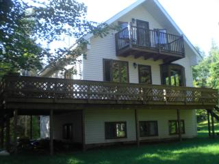 2 bedroom Cottage with Deck in Cardigan - Cardigan vacation rentals