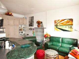 Vital - 2090 - Paris - 16th Arrondissement Passy vacation rentals
