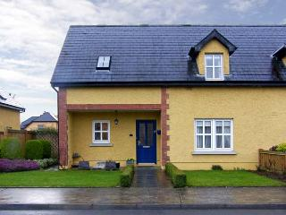 ADARE COTTAGE, en-suite bathroom, pet-friendly in Adare, Ref. 4595 - Bunratty vacation rentals