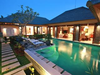Villa Di-Bucu-TripAdvisor Award Winner 2011 & 2012 - Tanah Lot vacation rentals