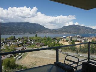 Amazing View! 2BR+Den Downtown Condo on 12th Floor - Kelowna vacation rentals