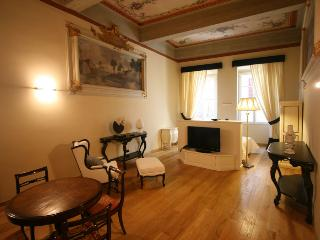Suite Black - Florence vacation rentals