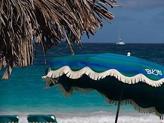 LAST MINUTE APRIL - 50% DISCOUNT - Orient Bay vacation rentals