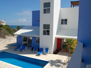 CASA DE COLORES-Architecturally Distinguished Casa - Akumal vacation rentals