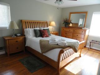 Lovely 3 Bedroom Home, 20 minutes NW of Atlanta - Atlanta vacation rentals