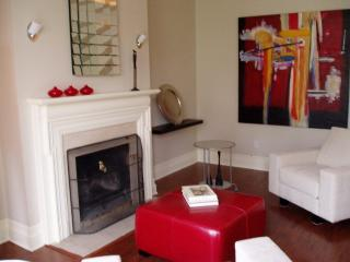 Le Selkirk - Intimate & Sophisticated - Montreal vacation rentals