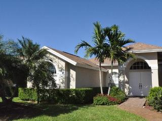 Naples - 4 bedroom house with pool in Briarwood - Naples vacation rentals