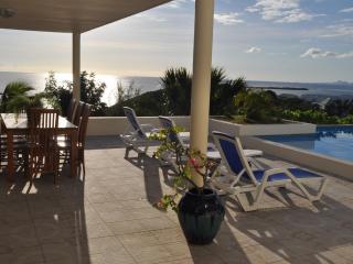 Pelican's rock - Saint Martin-Sint Maarten vacation rentals