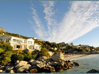 SECLUDED ESCAPE:Beachfront,infinity pool & jacuzzi - Clifton vacation rentals