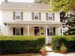 106 Second Avenue, West Cape May - Very close to the beach and town-read our reviews! - Cape May - rentals