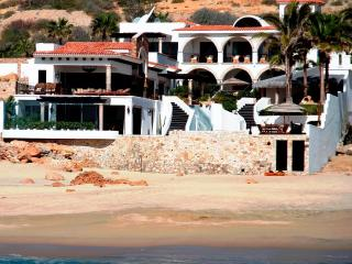 Secluded Beachfront: Gourmet Chef; Butler; Spa; Gym; Sleeps 15 - San Jose Del Cabo vacation rentals
