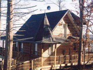 Lovely 2 bedroom Louisville Cabin with Deck - Louisville vacation rentals