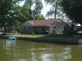Indian Lake Waterfront - Huntsville vacation rentals