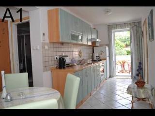 3004 A1(2+2) - Banjol - Banjol vacation rentals