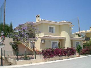 Villa Jacaranda (Spain): Pool, Golfcourse, near Beaches - Alicante vacation rentals