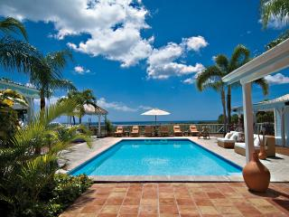 JACARANDA ...  affordable family villa with georgous views of Baie Longe! - Terres Basses vacation rentals
