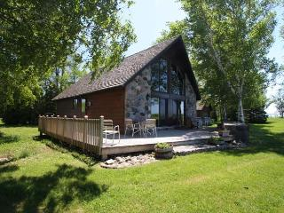 Panoramic Lighthouse Pt cottage (#198) - Ontario vacation rentals