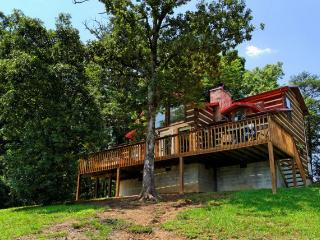 Beautiful 3 bedroom Cabin in Sevierville - Sevierville vacation rentals