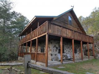 HEAVENLY HIDEAWAY - Sevierville vacation rentals