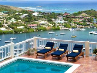 MAJESTIC VIEW...5 BR St Maarten Villa Overlooking captivating Oyster Pond and Dawn Beach - Oyster Pond vacation rentals