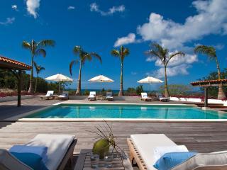 HACIENDA... fabulous 4BR villa rental perfect for families - Terres Basses vacation rentals